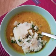 vegan golden cauliflower dhal soup with parsely mash